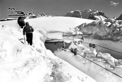 211 - seggiovia Spinale a monte coperta dalla neve