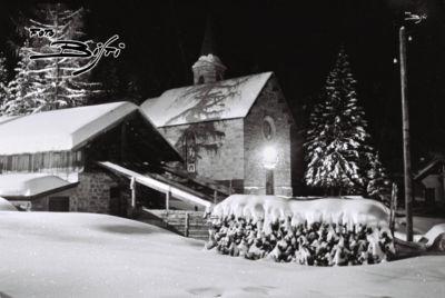 244 - chiesetta